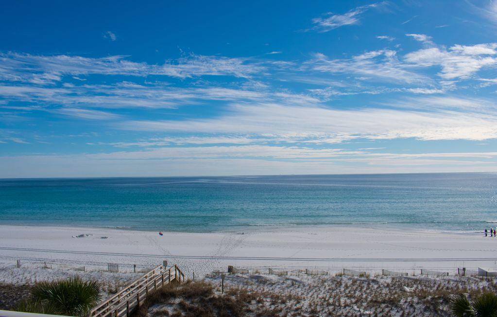 BeachBliss33